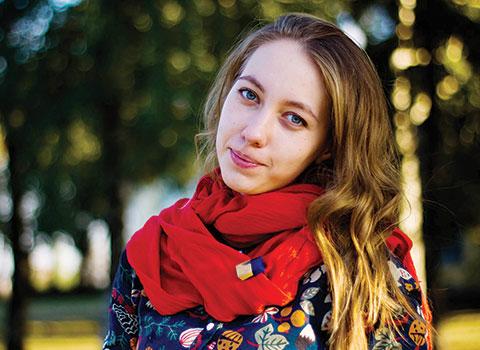 Анна Логвинова